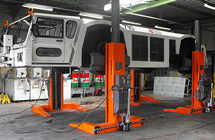 vehicle hoists & lifts